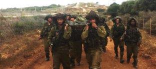 אתיקה צבאית - חיילים סוחבים אלונקה