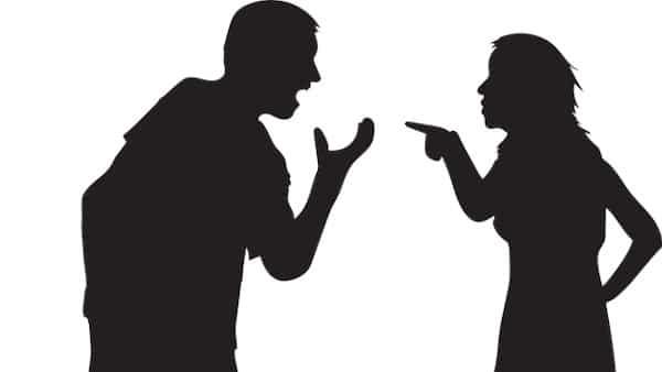 לספר להורים מידע שנאמר בסוד על בנם?