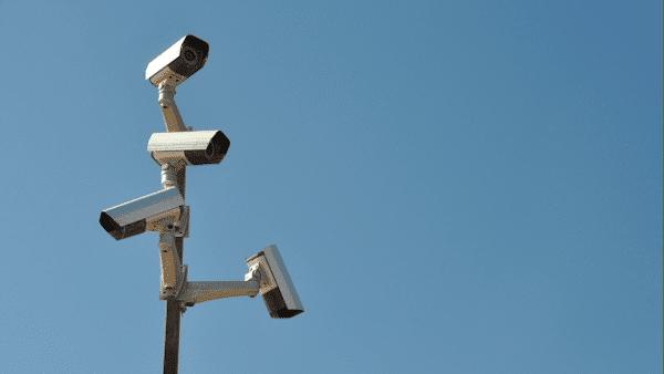 מצלמות בקלפי פוגעות בחופש הבחירה?