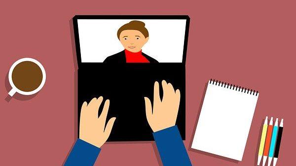 האם מותר להשתתף במפגש זום למראית עין בלי להשתתף בו בפועל?