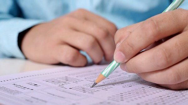 מבחנים באקדמיה בצל הקורונה - האם לגיטימי להעתיק?