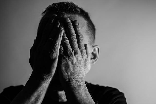 האם לעודד חולה הנוטה למות לומר וידוי?