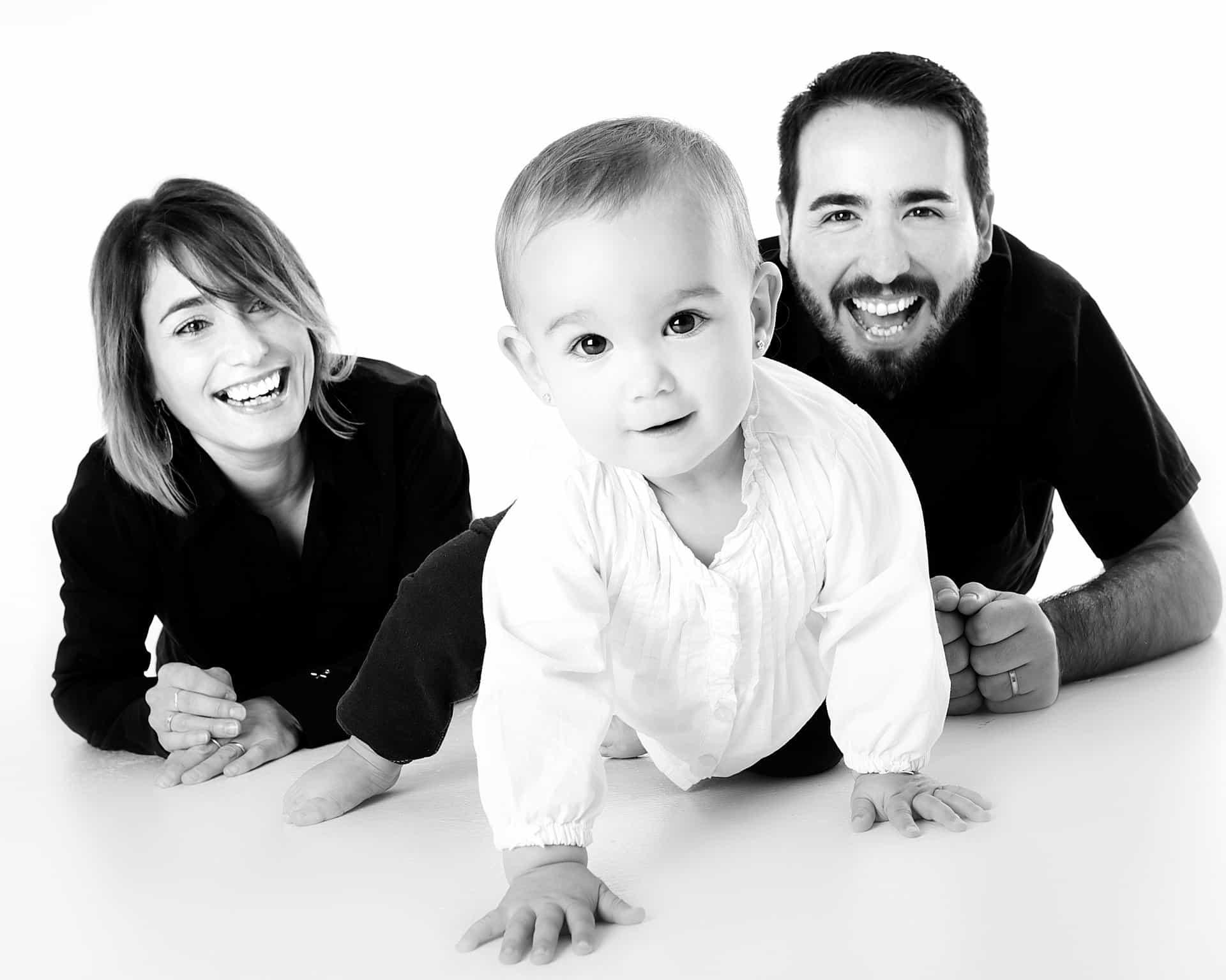 האם להתערב בהחלטות ההורים כלפי ילדיהם?
